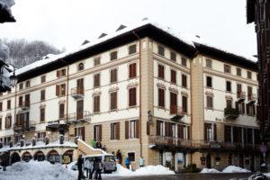 Hotel Monterosa exterior 3 600x400